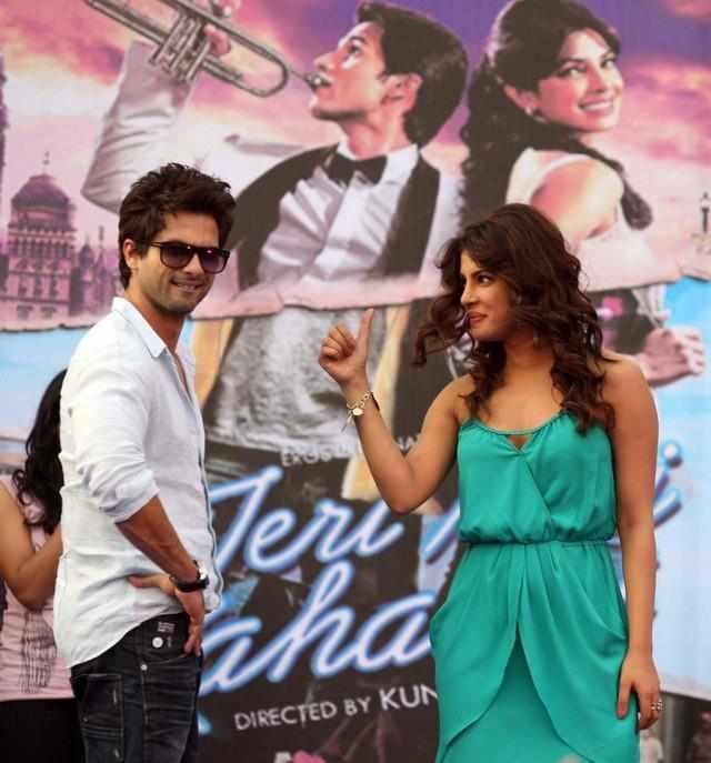 Priyanka Chopra og Shahid Kapoor dating 2012