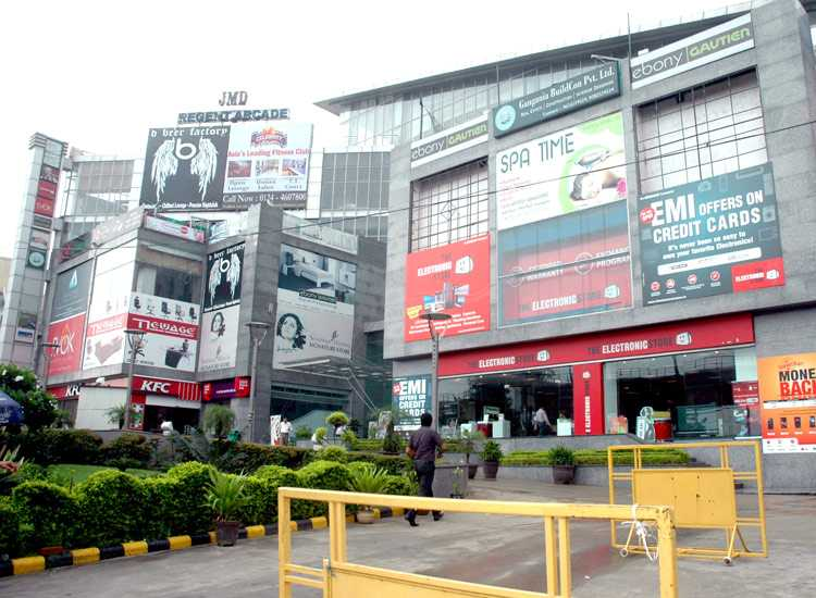 Celebrity fitness gurgaon address plaques