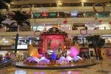 Pushpak Vimaan welcomes visitors at Gaur City Mall