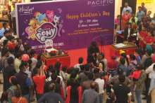 Magic show at Pacific Mall on Children's Day